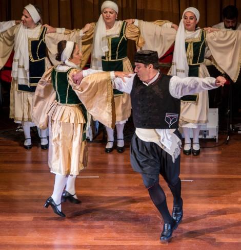 Dancers Gyrari Cntr. 05-18_495